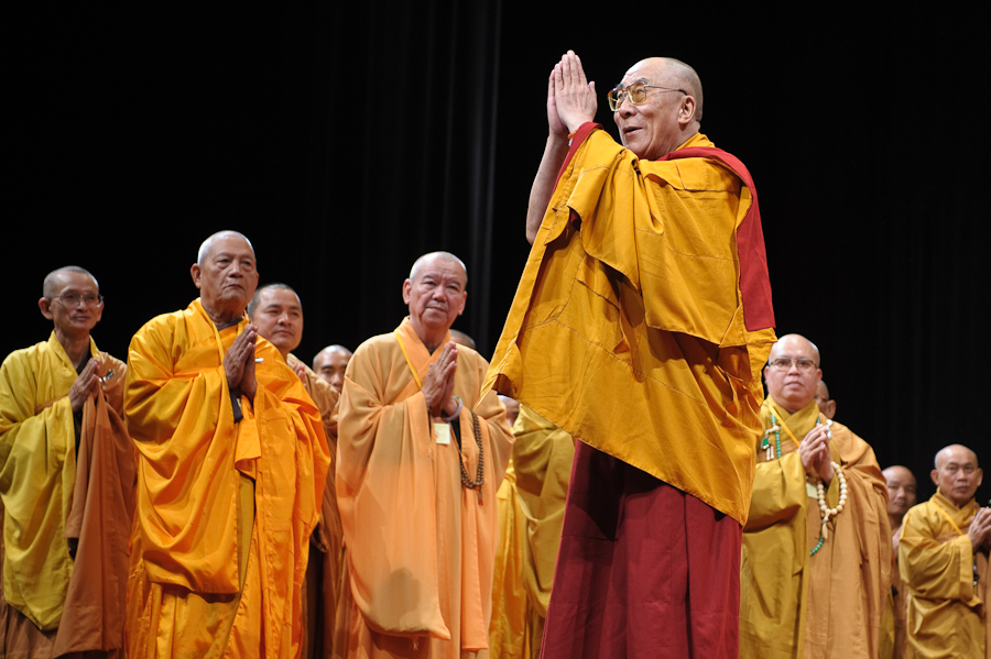 his-holiness-14th-dalailama-newyorkcity-zoeicaimages