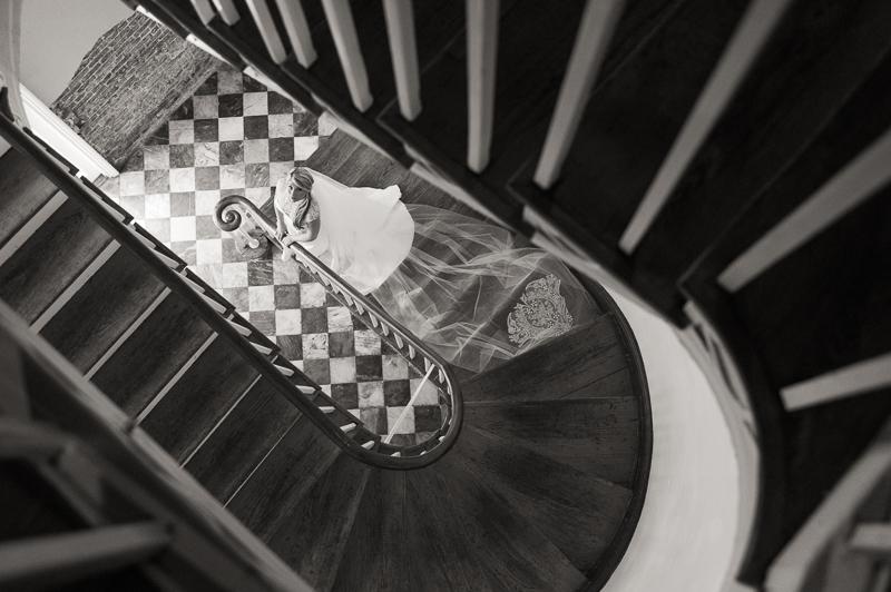 latrobes-french-quarter-bridalsession-wedding-photography-04